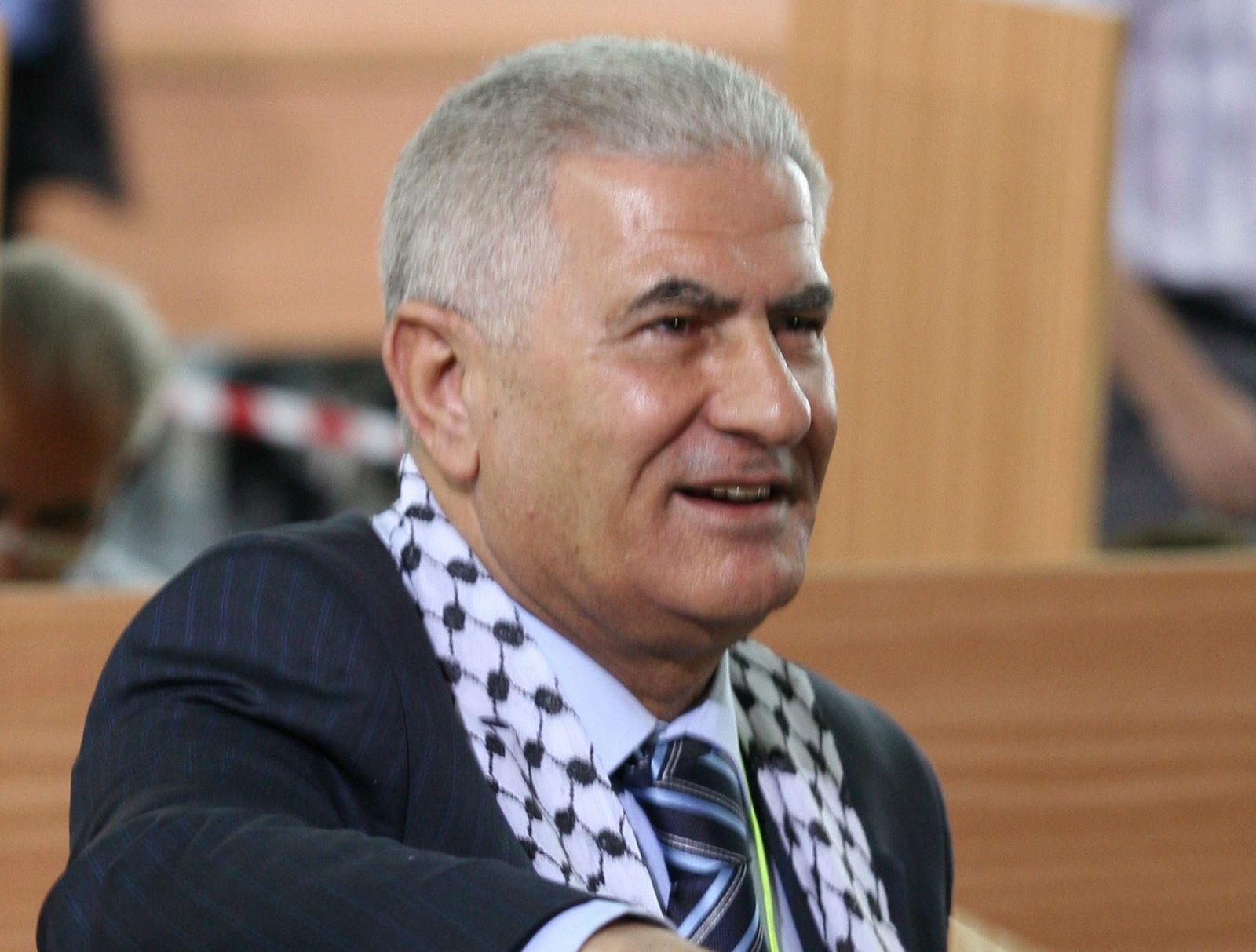 عباس زكي