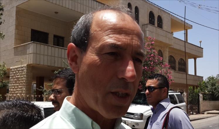 الصحفي عمر نزال
