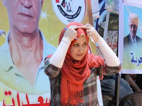 الصحفية مشيرة توفيق