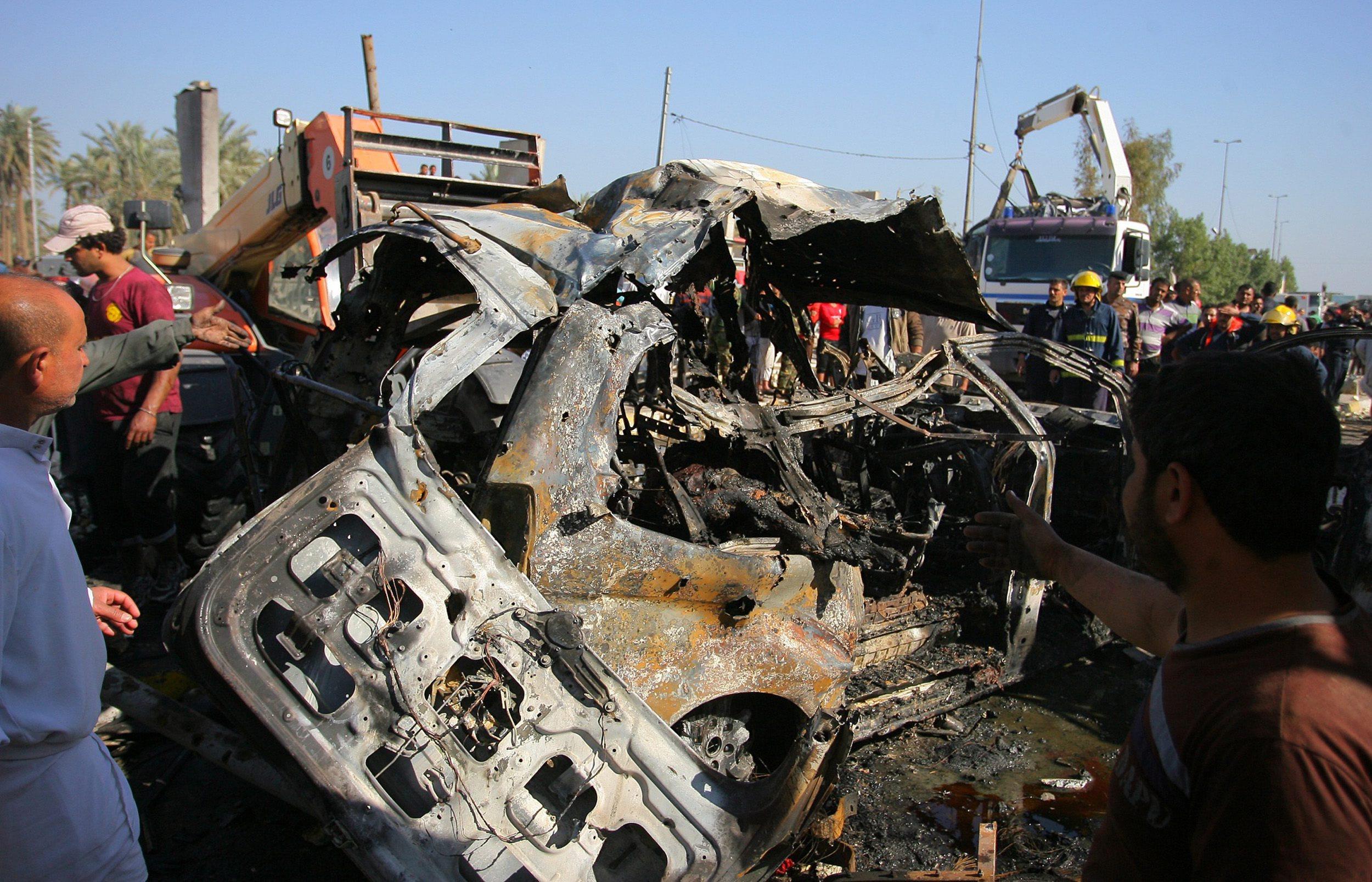مقتل 60 على الأقل في تفجير لداعش جنوبي بغداد