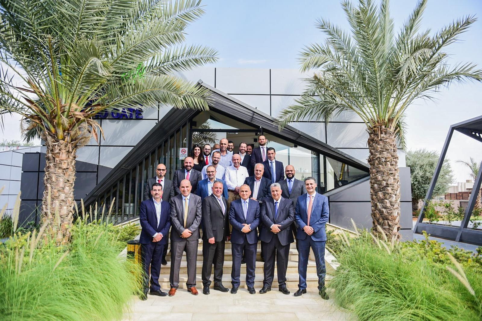 شركة بوابة أريحا وشركة الجابر للاستثمار توقعان إتفاقية لإنشاء أكبر مدينة مائية في فلسطين