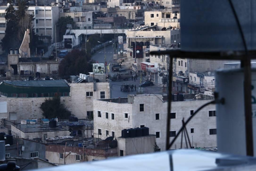 صور: اعتقالات ومواجهات خلال اقتحام الاحتلال مخيم الدهيشة