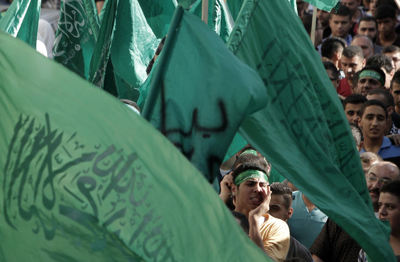 """حماس: القضاء المصري ارتكب """"مجزرة"""" والأحكام مسيّسة"""