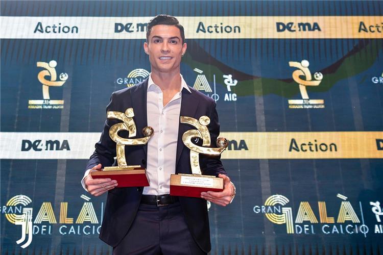"""رونالدو يتجاهل """"الكرة الذهبية"""".. ويحصد جائزتين جديدتين"""