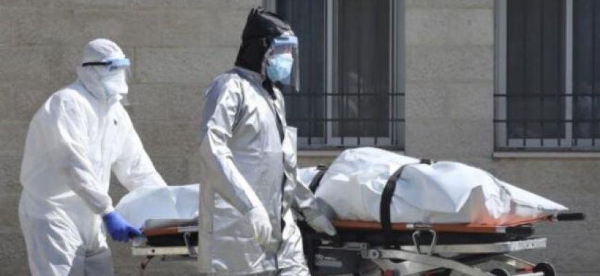 6 وفيات و389 إصابة بفيروس كورونا بالضفة والقطاع خلال 24 ساعة