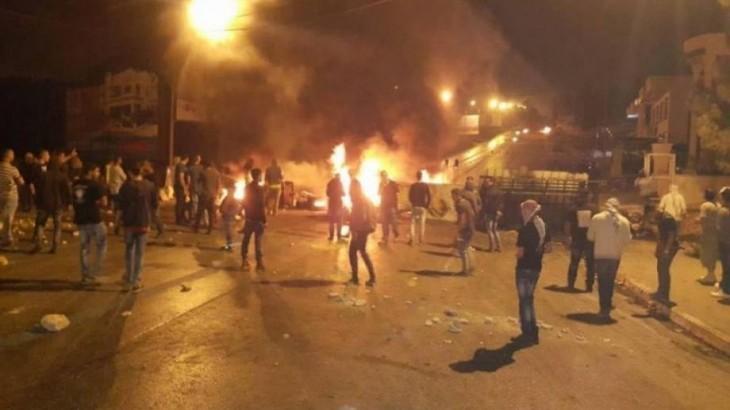 إصابات خلال اقتحام الاحتلال لبلدة بيت أمر شمال الخليل واعتقالات شبان من العيسوية