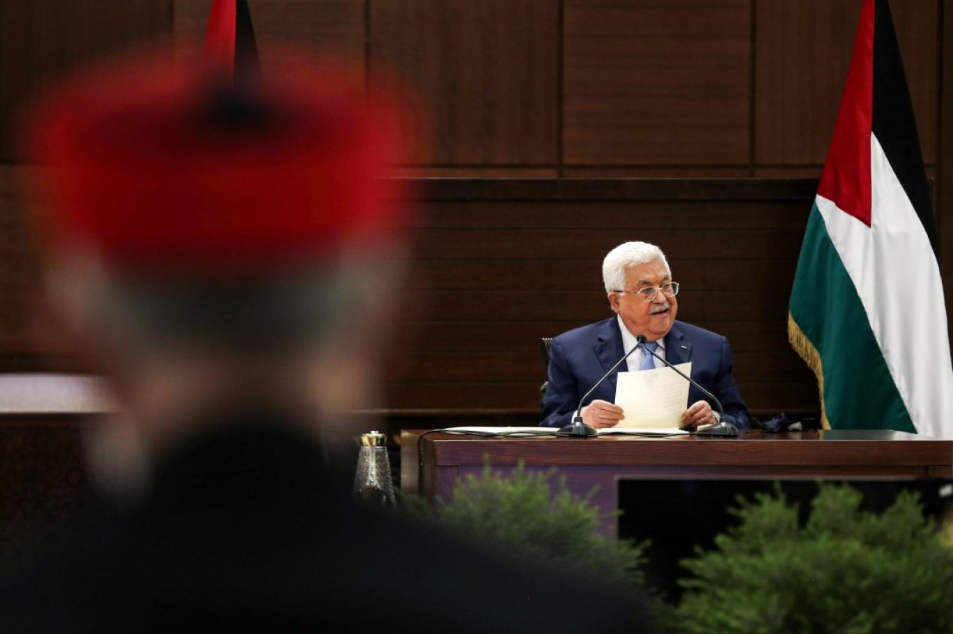 فتح: عباس رفض ضغوطا عربية ودولية للحوار مع واشنطن