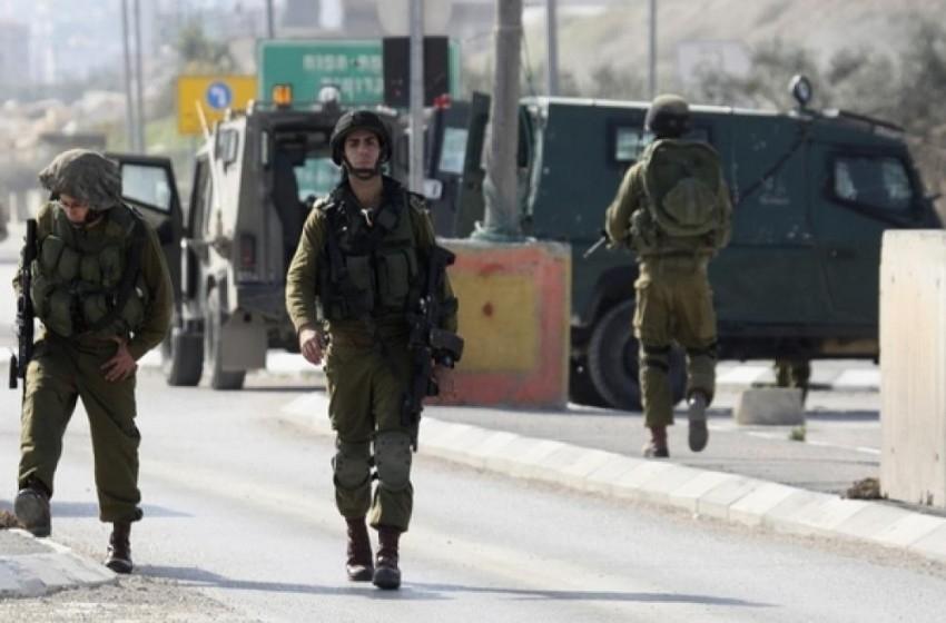 إصابة 3 فلسطينيين بنيران الجيش الإسرائيلي عند حاجز الجلمة