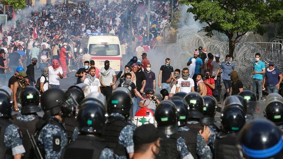 ليل ساخن في بيروت ودعوات لمنع الانجرار لفتنة مذهبية