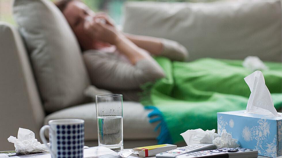 باحثون: فيروس نزلات البرد قد يلعب دورا بمحاربة كورونا