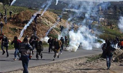(صورة أرشيفية) مواجهات النبي صالح
