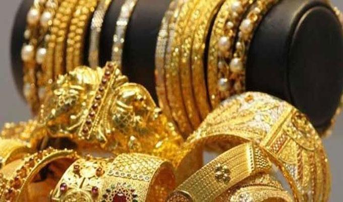 الذهب يواصل الارتفاع ويقترب من أعلى مستوى في ٨ أعوام