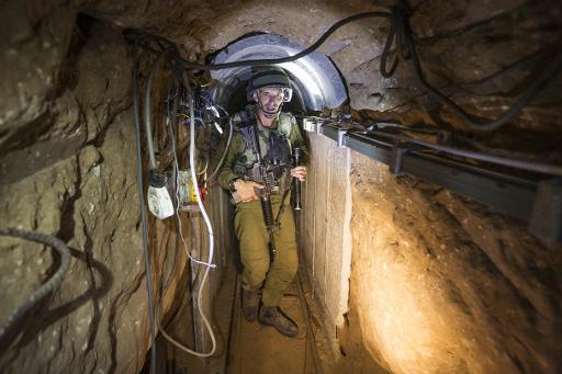 الشاباك يدّعي اعتقال شاب يعمل في حفر أنفاق القسام