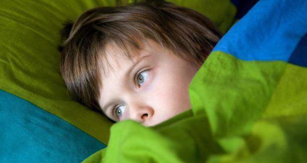 علامات تدل على أنك تفرط في حماية طفلك.. تعرف عليها