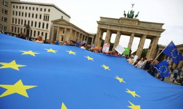 خبير روسي: هل سنشهد انهيارا للاتحاد الأوروبي؟