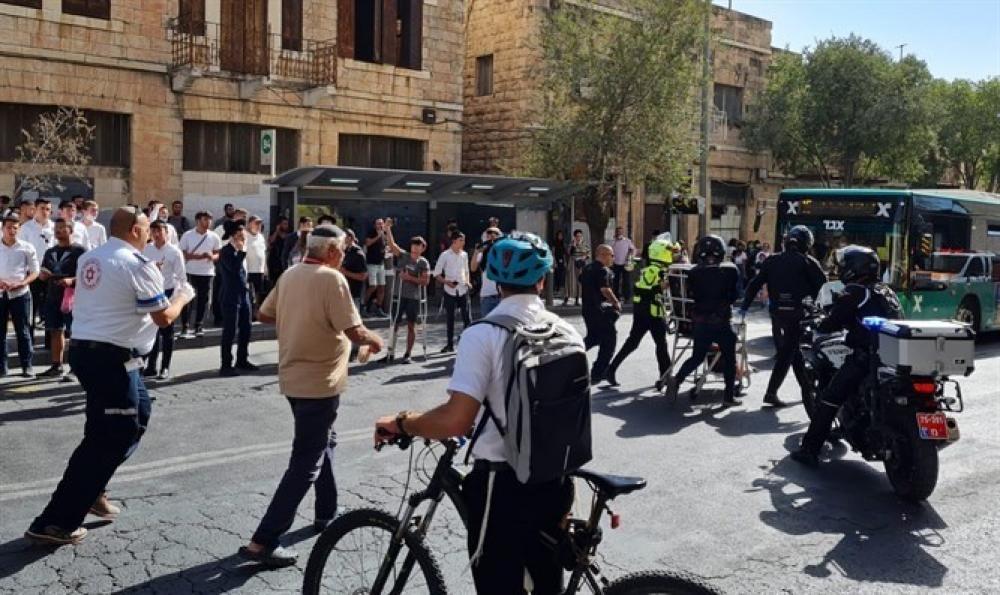 ق7: إصابة فلسطيني بزعم طعنه إسرائيليين بمحطة حافلات بالقدس