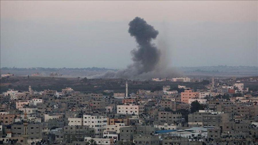 غزة: طيران الاحتلال يشن غارتين على موقعين للقسام