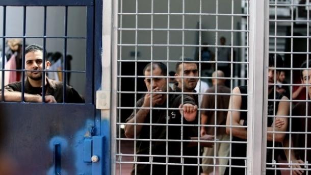أسير من بيت لحم يبدأ إضرابًا مفتوحًا عن الطعام