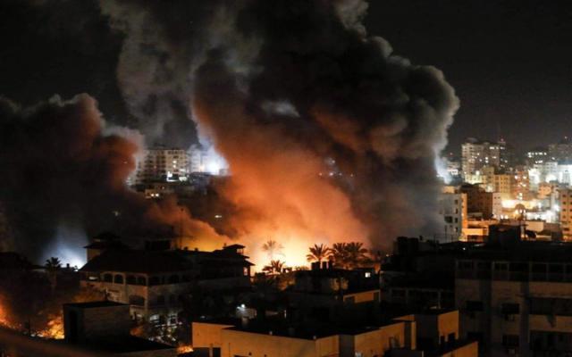 مدفعية الاحتلال تقصف مرصدا للمقاومة شرق رفح