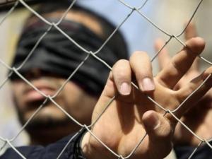 محكمة الاحتلال تثبّت الاعتقال الإداري بحق 13 أسيرا