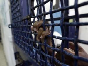 أسرى في سجون الاحتلال
