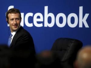 زوكربيرج: تكنولوجيا فيسبوك للواقع الافتراضي ليست مسروقة