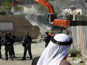 الاحتلال يهدم منزلًا قيد الانشاء جنوب طوباس
