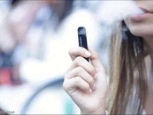 دراسة.. تدخين الفايب يزيد احتمال الإصابة بكورونا
