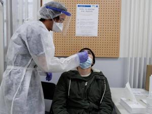 """منظمة الصحة تحذر من بؤرة أوروبية """"خطيرة"""" لكورونا"""