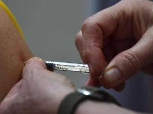 جونسون آند جونسون: التطعيم للوقاية من كورونا قد يكون سنويا