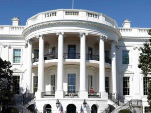البيت الأبيض: نراقب عن كثب التطورات الجارية في غزة وإسرائيل