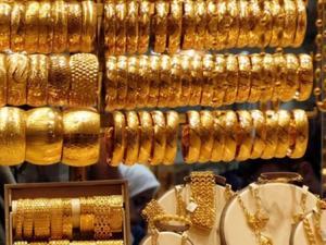 استقرار أسعار الذهب مع ضعف الدولار
