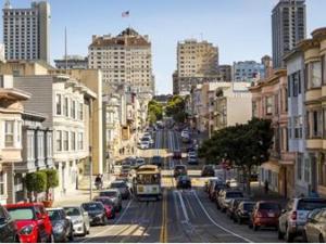 حظر التجول في سان فرانسيسكو الأمريكية
