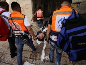 الهلال الأحمر: أكثر من 331 إصابة خلال المواجهات مع الاحتلال في المسجد الأقصى