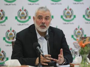 7 أسئلة طالبت حركة حماس عباس بالإجابة عليها بشأن الانتخابات !