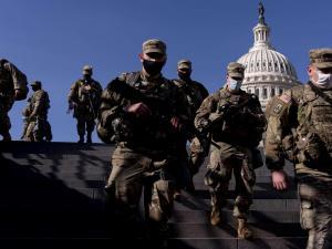 في يوم واحد: إصابة 3 أعضاء في الكونغرس الأميركي بكورونا