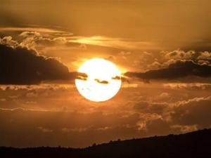 راصد جوي: موجة الحر تنحسر مساء الجمعة