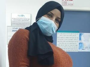 بعد أيام من إنجابها: وفاة شابة تأثرا بكورونا؛ شقيقتها بحالة خطيرة