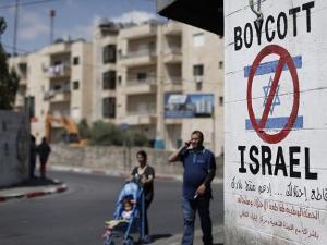 سفير إسرائيلي يعترف بالضعف في مواجهة حركة المقاطعة BDS