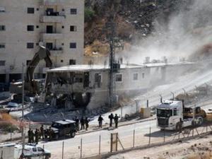 الاحتلال يتحضر لهدم عمارة سكنية بسلوان