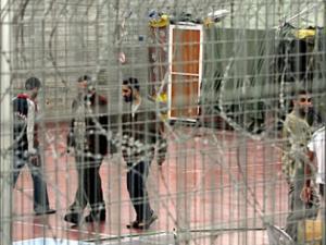 الأسرى الإضراب الاعتقال
