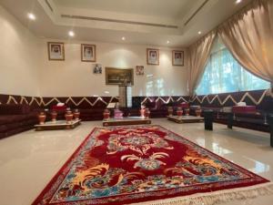 """لأول مرة.. بالصور: افتتاح كنيس يهودي في أبو ظبي وإقامة صلوات """"رأس السنة العبرية"""""""