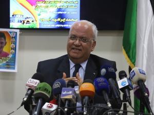 """عريقات يحذر من تطبيع عربي مع إسرائيل مقابل إلغاء """"الضم"""""""