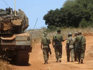الجيش الإسرائيلي يعزز قواته وحالة التأهب مستمرة