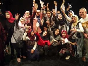 بنك فلسطين يقدم رعايته لمشاركة وفد من بنات مدرسة وكالة الغوث من غزة في ورشة حول الدراما في مسرح الحكواتي بالقدس