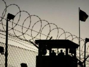"""إدارة سجون الاحتلال تغلق معتقل """"ريمون"""" بالكامل بسبب انتشار كورونا"""