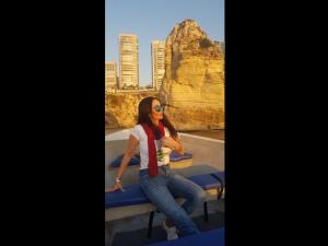 """""""لبنان الغالي"""" أغنية تطلقها الفنانة الفلسطينية سيدر زيتون في عيد استقلاله"""