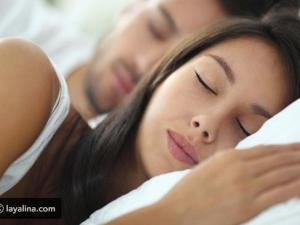 ما هي أسباب استيقاظك ليلا في نفس الوقت ؟