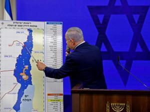 كاتبة إسرائيلية: يمكن ضم الضفة دون إسقاط الحكم بالأردن
