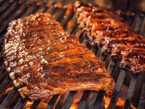 المفرطون في تناول اللحوم.. ماذا ينتظرهم عند الشيخوخة؟
